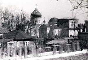 №2 1987 Успенская и Спасская церкви А.Чеботарь