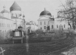 № 8 Внутри монастыря