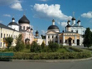 № 8-а Внутри монастыря май 2014