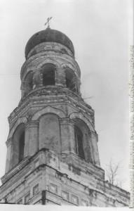 № 5. Колокольня 28.12.1985 перед падением колокола
